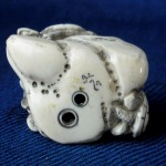 "Netsuke ""3 Turtles on a Rock"""