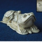 "Netsuke ""Turtle + Frog on a leaf"""