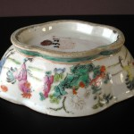 19th C. Famille Rose Bowl - Rooster