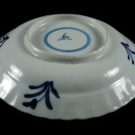 Kangxi Saucer - stylized Crab & Water