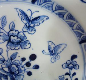 18th C. chinese Qianlong Plate – Butterflies