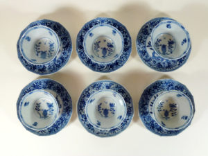 6 x chinese Kangxi Period Cup & Saucer - Floral